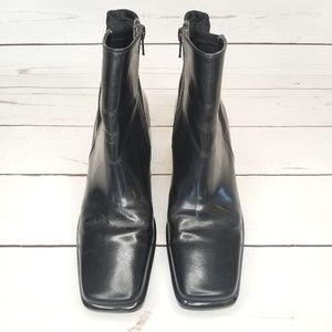 FRANCO SARTO Black Square Toe Wedge Ankle Boots 7M